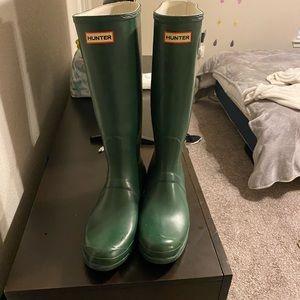 Authentic hunter rain boots 12fm 11m